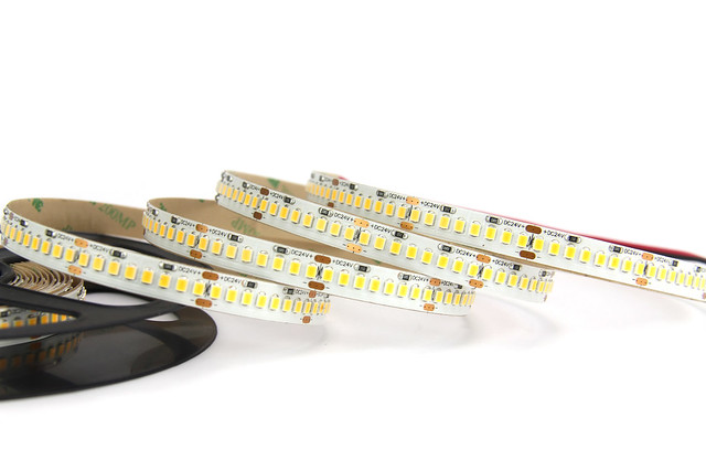 high efficiency led strip, Canon EOS 60D, Canon EF-S 18-200mm f/3.5-5.6 IS
