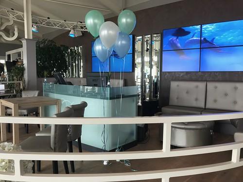 Tafeldecoratie 3 ballonnen Gronddecoratie Beachclub8 Rockanje