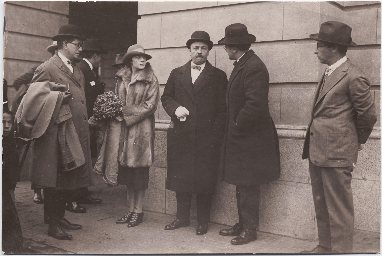 1926. Филиппо Томмазо Маринетти и Бенедетта Каппа Маринетти отправляются в Южную Америку
