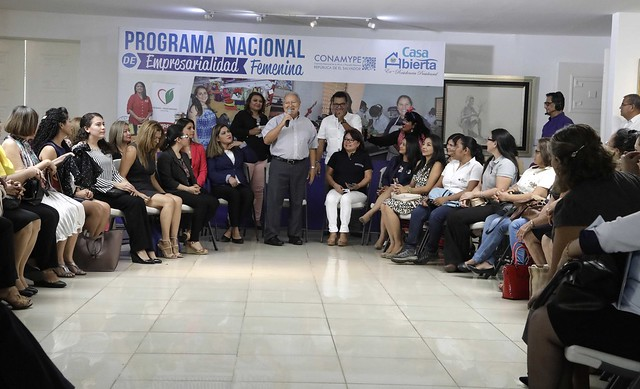 Casa Abierta: Empresarialidad Femenina