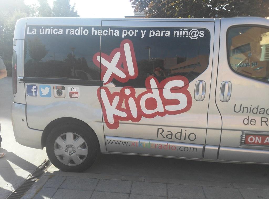 El Tour School de XL, la radio de los niños para niños, visita el colegio