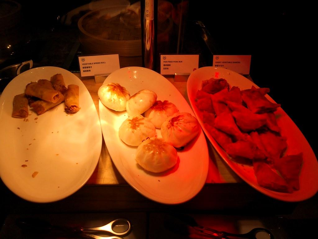 Fried buns and samosas