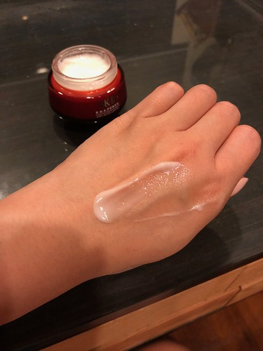 SK-II RNA Power Airy Milky Lotion Product Review