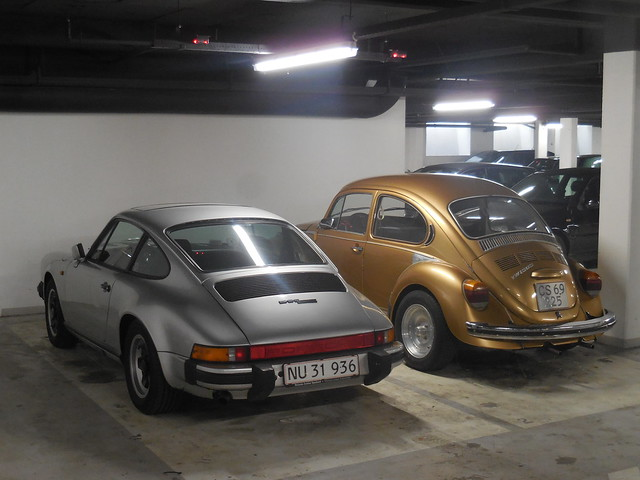 Porsche 911 v VW, Nikon COOLPIX S6800