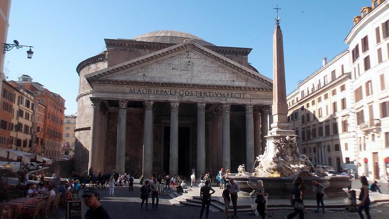 The Pantheon and the Fontana del Pantheon