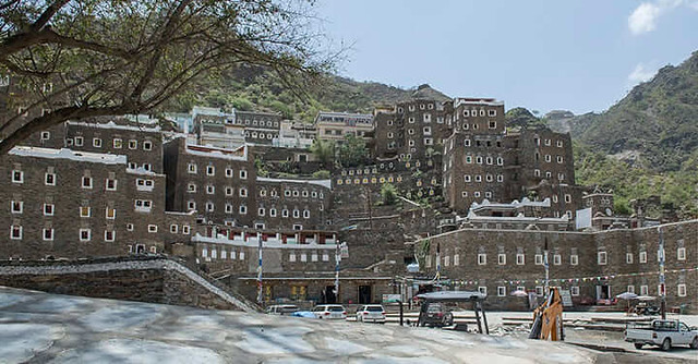 2506 Rijal Alma (Stone Village) near Abha, a treat to watch for nature lovers 03