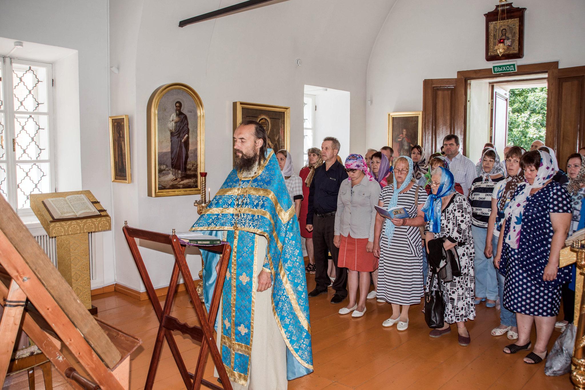 Чудотворная икона Богоматери «Всех скорбящих радость» в селе Лермонтово