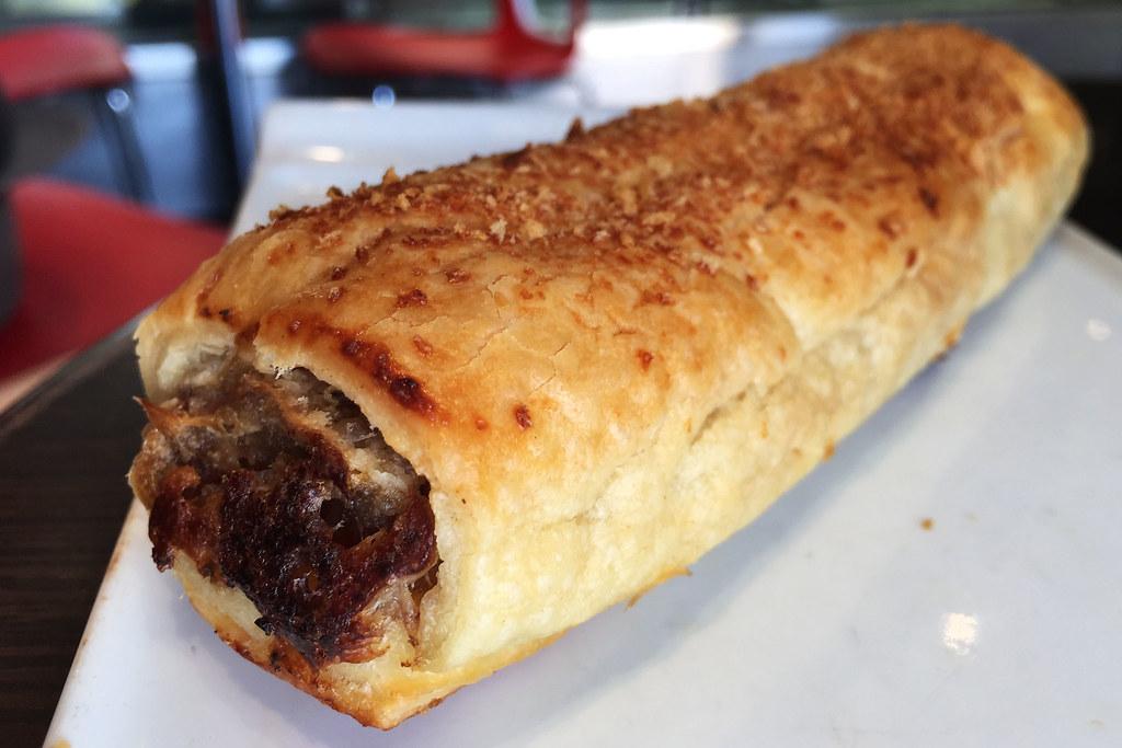 Sausage roll, Inter Desserts