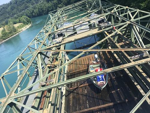 Schleuse am Fluss-Kraftwerk