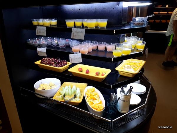 Dessert and fruits