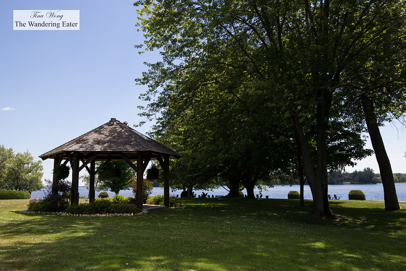Gazebo with a view of the Ottawa River