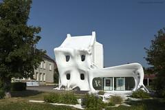 Gue(ho)st house