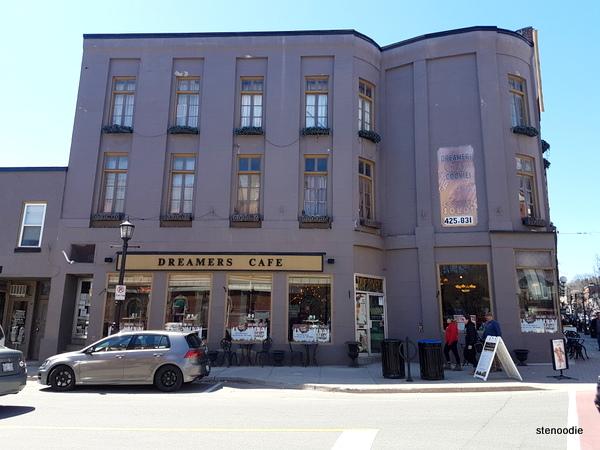 Dreamers' Cafe storefront