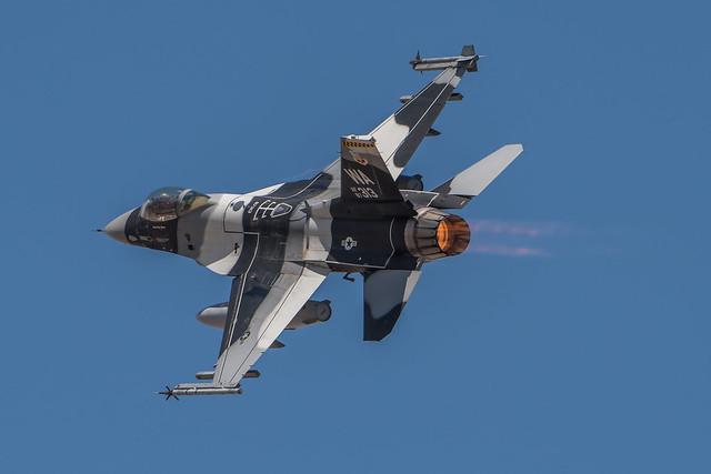 F-16C 87313 WA 7-18-0512, Nikon D500, AF-S VR Zoom-Nikkor 200-400mm f/4G IF-ED II
