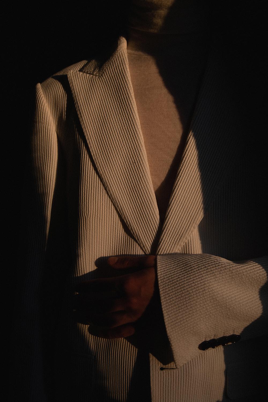 MikkoPuttonen_DeFursacParis_Allwhite_Suit_shotby_LucasRuskaMartin4_web