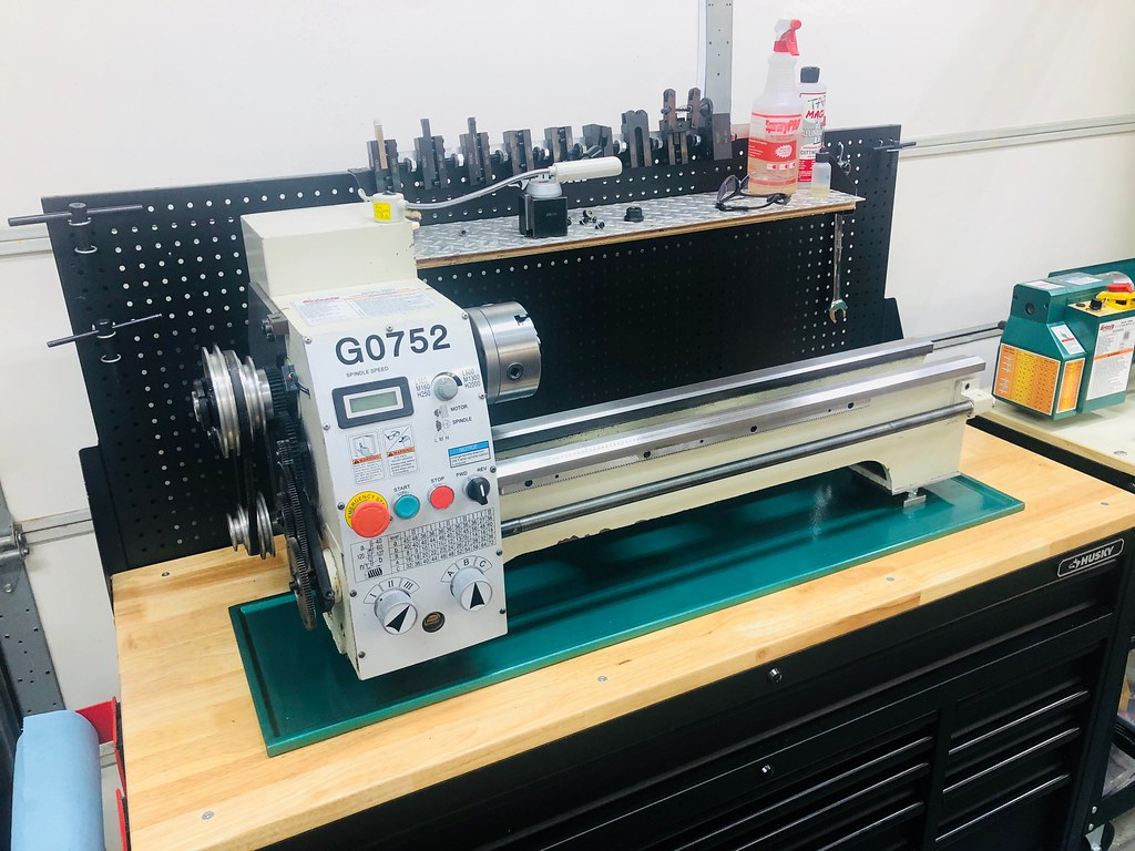 New to me Grizzly G0752 10x22 lathe    - The Garage Journal