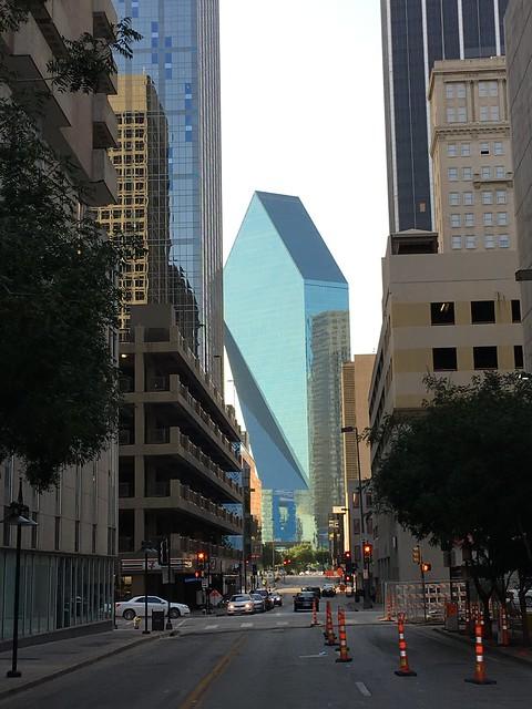 """Dallas 7-11 and """"diamond"""" building"""