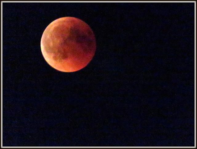 Luna rossa, Canon POWERSHOT SX720 HS
