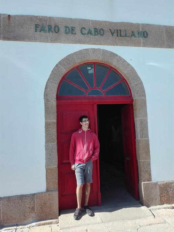 Oscar en Cabo Villano
