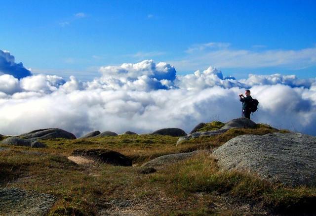 Ben Tarsuinn - above the clouds