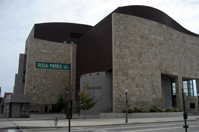 Cincinnati: National Underground Railroad Freedom Center