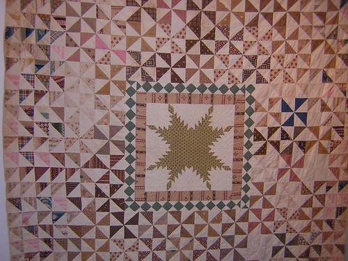 Annette Gero Collection - Antique PinWheel Quilt