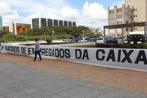 Ato na Caixa em Brasília contra suicídios