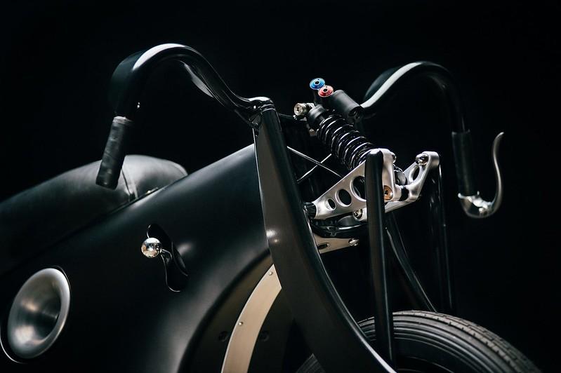 Custom-BMW-Motorcycle-6