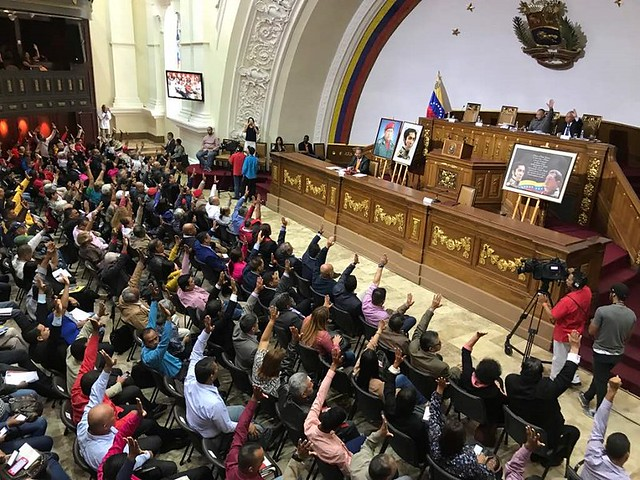 Venezuela derruba lei que proibia transações em moeda estrangeira no país