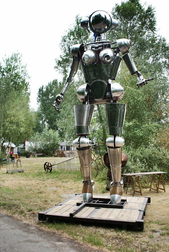 Une robote géante à ADM d'Amsterdam.