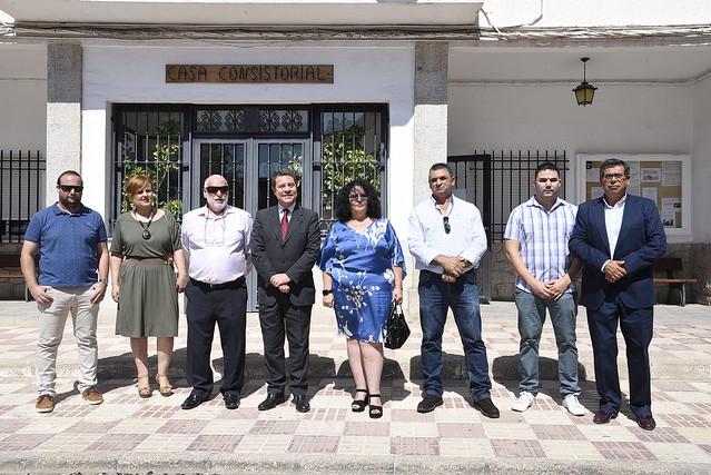 Inauguración de la nueva Plaza de Ramón y Cajal en Camuñas
