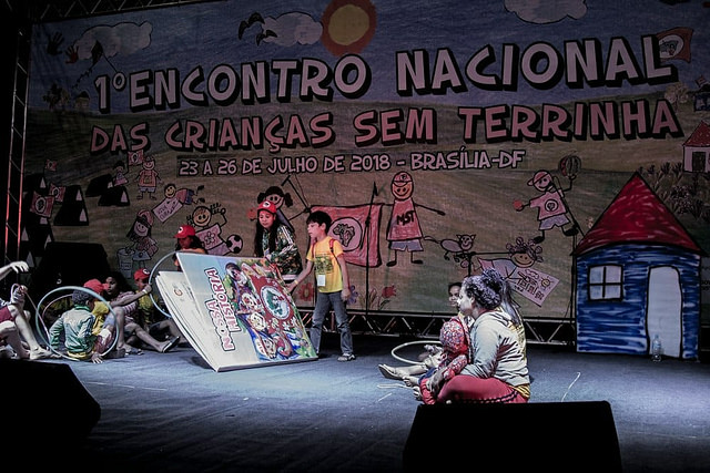 National Landless Kids Meeting is organized by children who live in MST camps and settlements - Créditos: MST/Handout