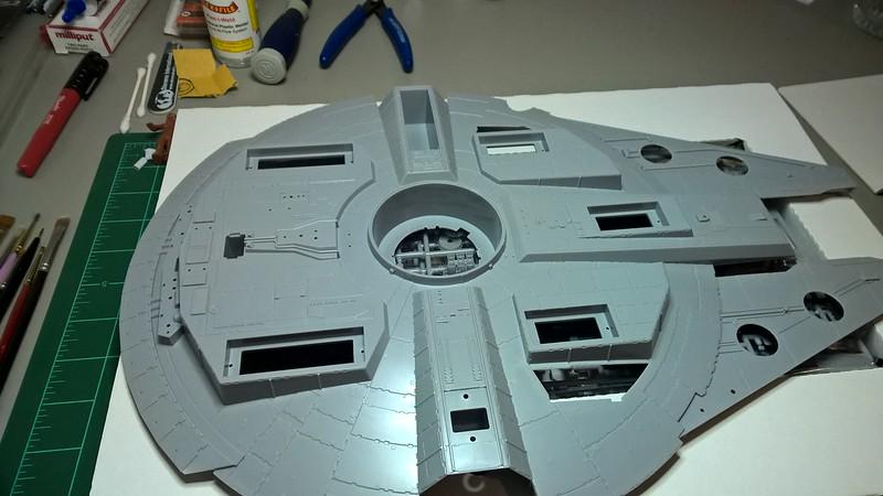 Millennium Falcon 21