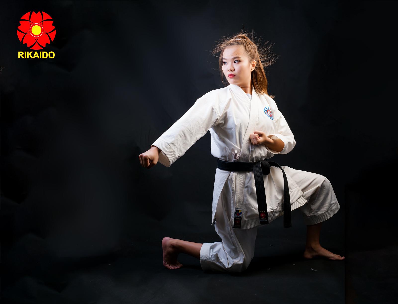 43978999001 29f9f790e4 h - Ảnh nghệ thuật karate chụp trong studio