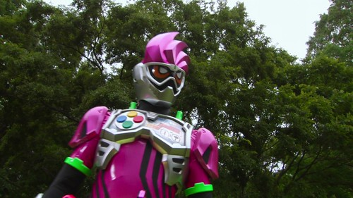 Ghost_Movie_Ex-Aid_Sneak_Peak