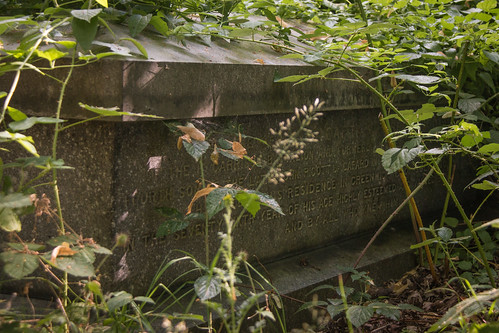 Nunhead-Cemetery_Grave1