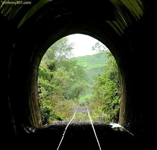 Tunnel 18.