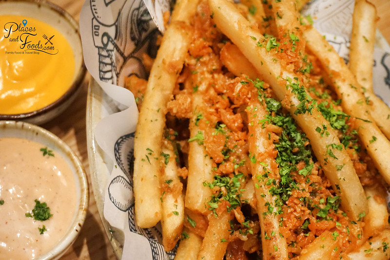 delicious bangsar garlic fries