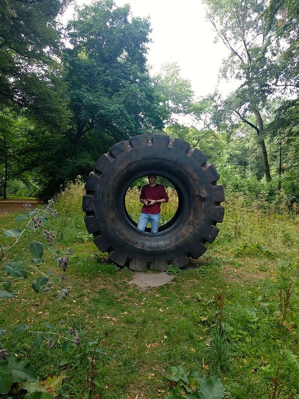 """Middelheim  - 43723871031 6c1707b9d1 c - """"Experience traps"""" en el parque-museo de Amberes."""
