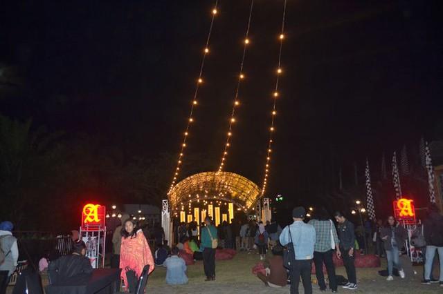Folk Music Festival 18 Day 1
