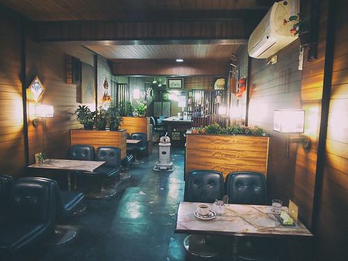 五條市・喫茶アスモ店内