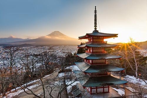 2018 asia japan nippon vacation travel holiday winter hdr fujiyoshidashi yamanashiken fuji chureito pagoda sunset asien reisen urlaub jp