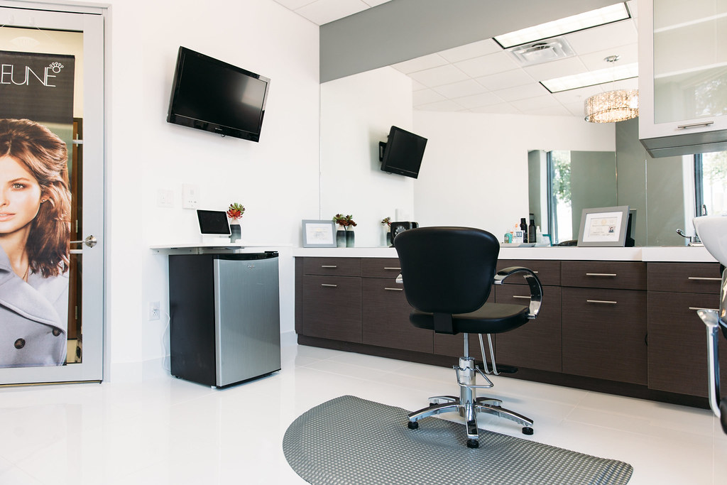 Nail Salons Near Me Addison Il- HireAbility