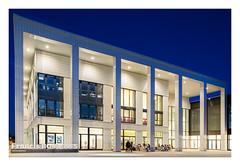 CentraleSupélec - Université Paris-Saclay : bâtiment Bouygues - soirée étudiante au printemps