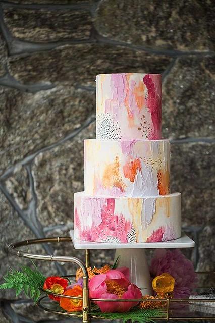 Cake by Baking Heaven