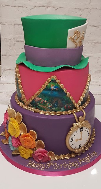 Cake by Izzy Pink Cake Artistry