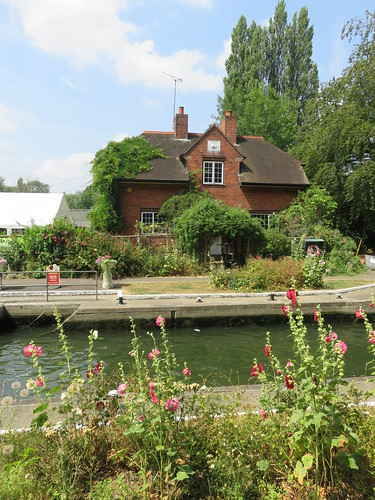 Thames Path - Shiplake to Tilehurst