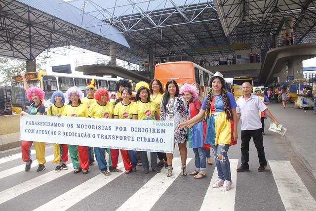 Manaus 25.08.18. SMTU faz faz acões a lusão ao dia do motorista. Foto Marinho Ramos /Semcom.