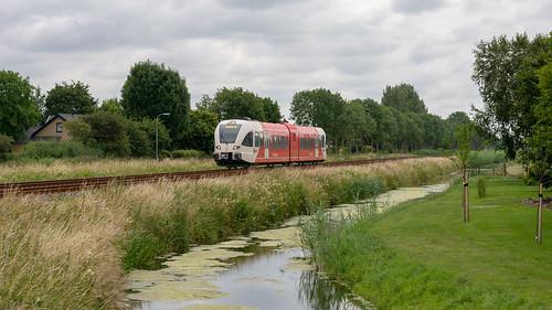 Zetten-Andels Arriva 259 stoptrein 31140 Tiel