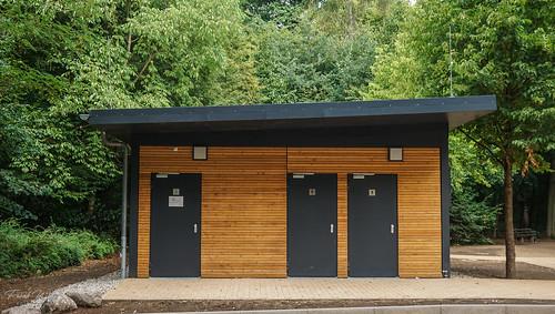 Toiletten Tannenwald